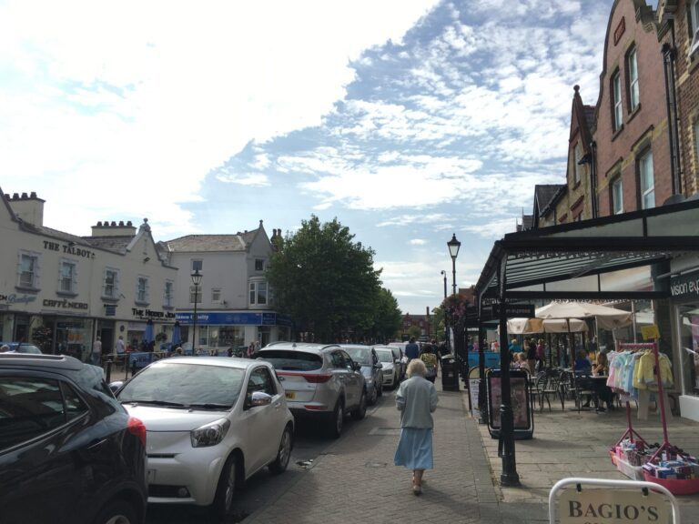 Free on-street parking in Lytham town centre